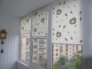 Установка рулонных штор на пластиковые окна в Коломне