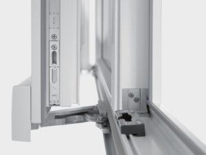 Замена механизма пластикового окна в Коломне