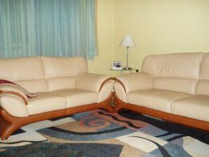 Перетяжка кожаной мебели в Коломне